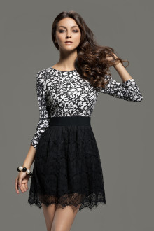 Černo-bílé šaty